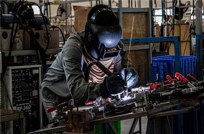 Kinh tế Việt Nam vượt bão ấn tượng