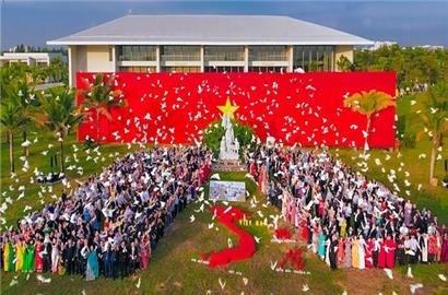 Doanh nhân Việt: Động lực chủ đạo xây nền kinh tế hùng cường