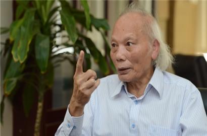 GS.TSKH Nguyễn Mại: 'Làm luật theo kiểu chờ xếp hàng như hiện nay sẽ rất nguy hiểm'