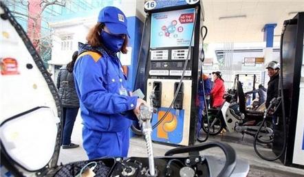 Xăng, dầu tiếp tục tăng giá