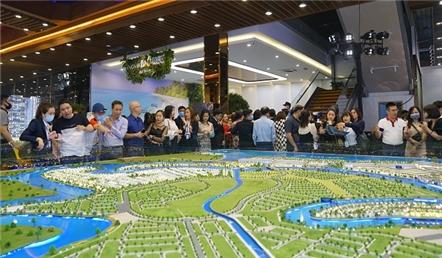 Cú hích mới cho thị trường bất động sản gần TP. HCM