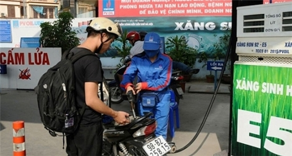 Giá xăng dầu giảm mạnh