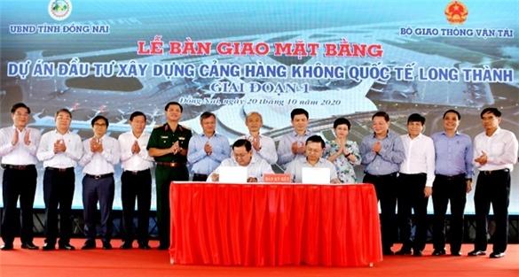 Đồng Nai bàn giao 1.800ha xây sân bay Long Thành
