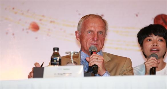 Huyền thoại Greg Norman: Tiềm năng ngành golf Việt Nam rất đáng kinh ngạc