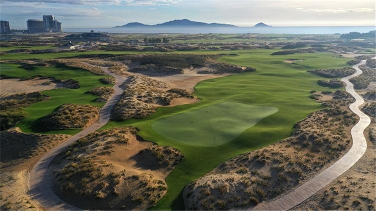 Hoiana Shores Golf Club lọt Top 100 sân golf tốt nhất thế giới