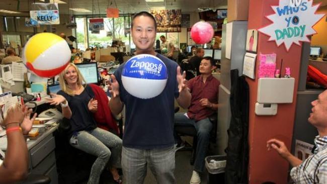 Công thức đánh giá nhân viên độc đáo của công ty tỷ đô Zappos