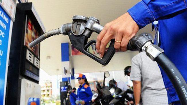 Xăng dầu đồng loạt tăng giá