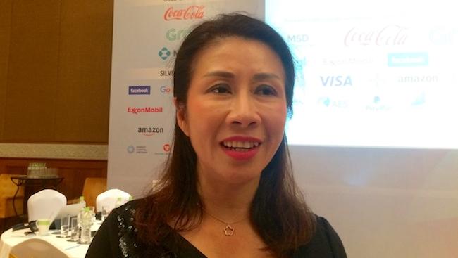 Coca-Cola nói gì về thông điệp 'Dành riêng cho thị trường Việt Nam. Không được xuất khẩu'?