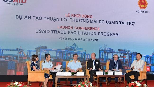 Hoa Kỳ tài trợ 21,7 triệu USD giúp Việt Nam cải thiện thủ tục hải quan
