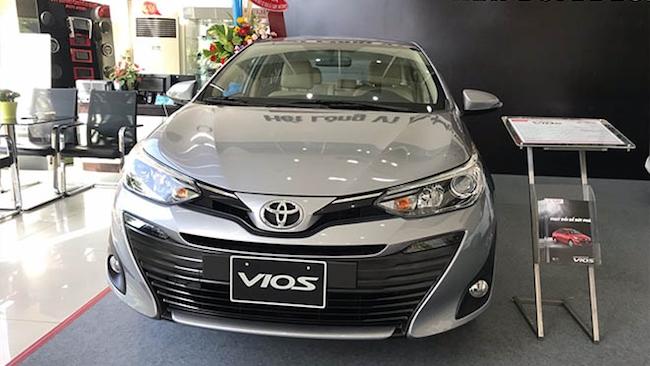 Toyota soán ngôi vương của Thaco sau nhiều tháng liên tục giảm giá sâu