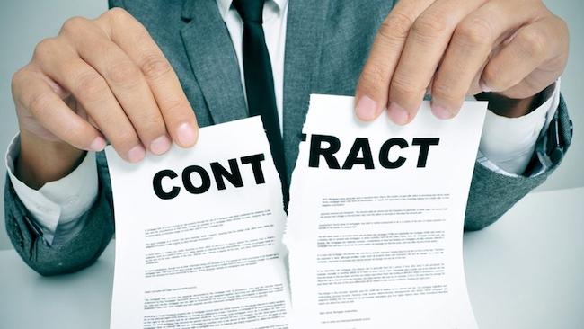 Đơn phương chấm dứt hợp đồng lao động tiềm ẩn nhiều rủi ro pháp lý