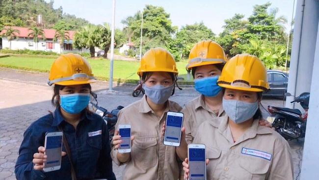 Công đoàn các doanh nghiệp đẩy mạnh tuyên truyền cài đặt Bluezone