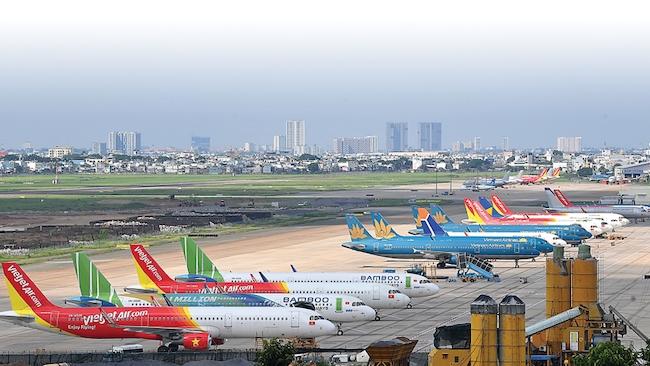 Hà Nội cho mở lại đường bay với TP.HCM và Đà Nẵng