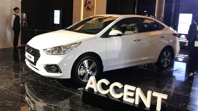 Doanh số bán ô tô giảm nhẹ trong tháng 4/2021