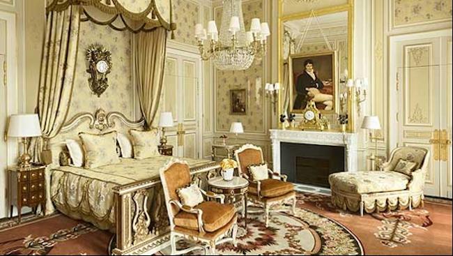 Chuyện về 'cha đẻ' khách sạn yêu thích của Coco Chanel, Ernest Hemingway