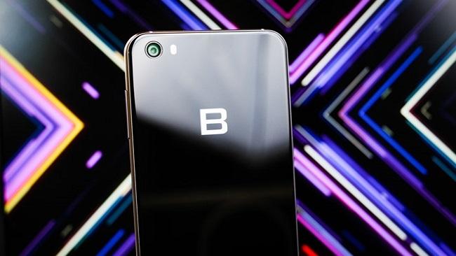 Bphone 3 sẽ được ra mắt đầu tháng 10
