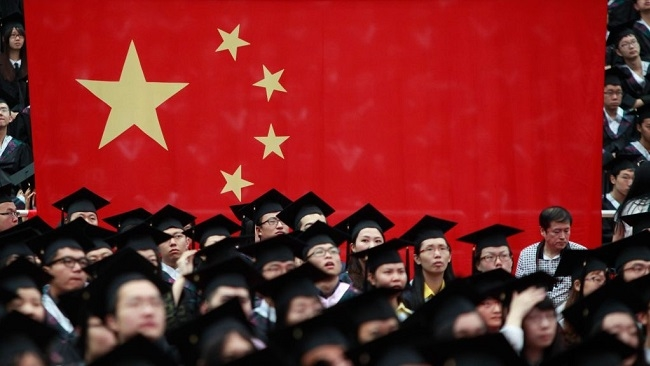 Mỹ siết du học sinh Trung Quốc vì lo ngại gián điệp