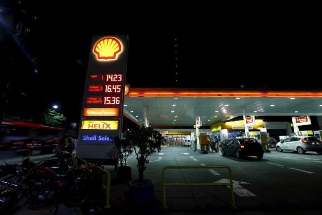 Giá dầu tiếp tục gia tăng cùng nỗi lo về Iran và Venezuela