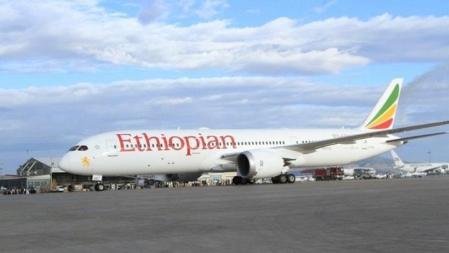 Boeing bị quay lưng đồng loạt sau tai nạn rơi máy bay