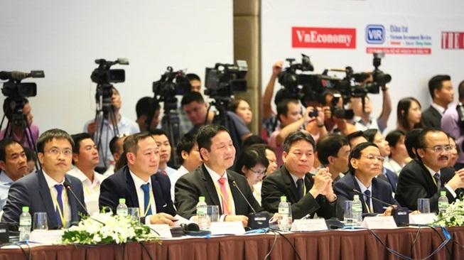Lãnh đạo FPT, VinaCapital tham gia Ban Nghiên cứu phát triển kinh tế tư nhân