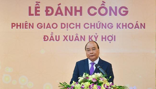 Đánh cồng phiên giao dịch đầu xuân, Thủ tướng nhắn nhủ thay đổi tư duy chứng khoán