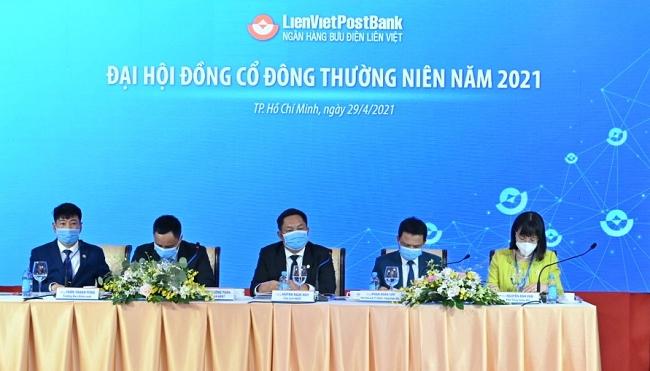 LienVietPostBank đạt mục tiêu tăng 32% lợi nhuận