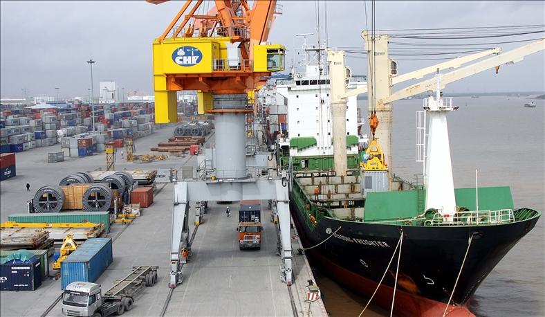Kiến nghị Hải Phòng giảm phí hạ tầng cảng biển