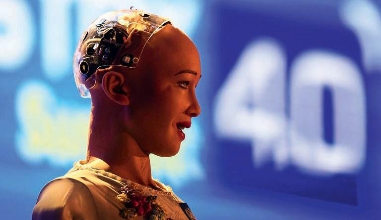 Người máy Sophia có thể giao tiếp với con người