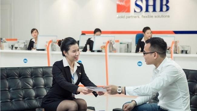 SHB ưu đãi lãi suất và tặng bảo hiểm cho các khách hàng cá nhân vay vốn