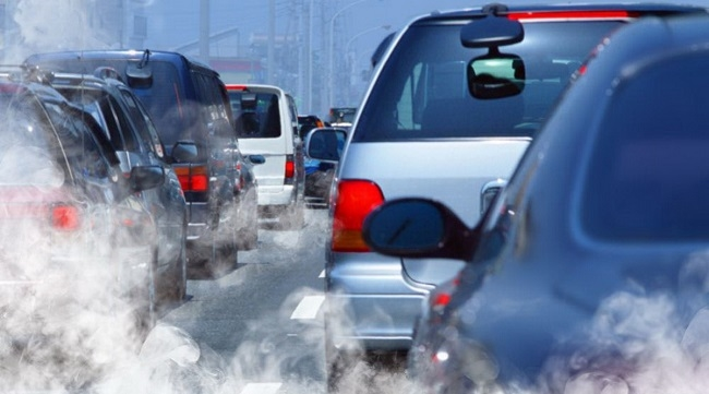 Nâng tiêu chuẩn khí thải với ô tô 'tuổi thọ' dưới 20 năm
