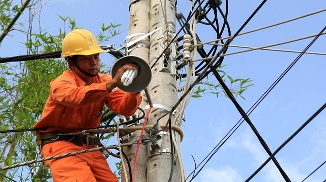 Nguy cơ thiếu điện do 47 dự án năng lượng lớn chậm tiến độ