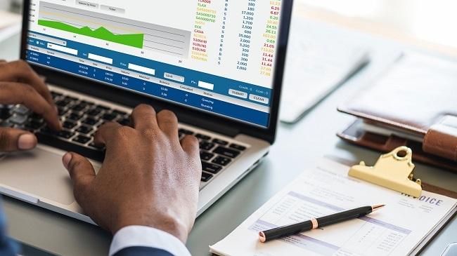 Thực hiện quản trị công ty tốn kém chi phí như thế nào?