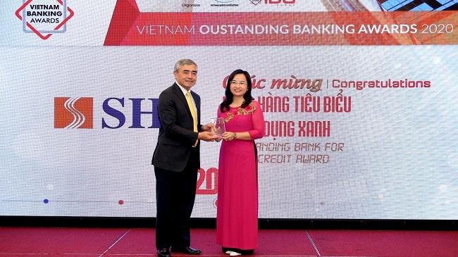 SHB nhận giải về tín dụng xanh và đồng hành cùng doanh nghiệp nhỏ và vừa
