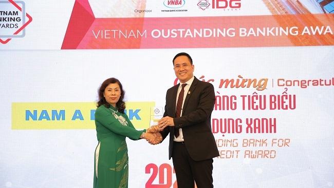 """Nam A Bank tiếp tục nhận giải """"Ngân hàng tiêu biểu về tín dụng xanh"""" năm 2020"""