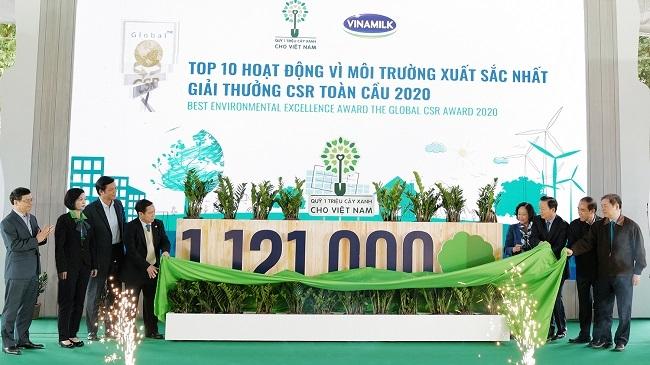 Vinamilk hoàn thành mục tiêu trồng hơn 1,1 triệu cây xanh cho Việt Nam