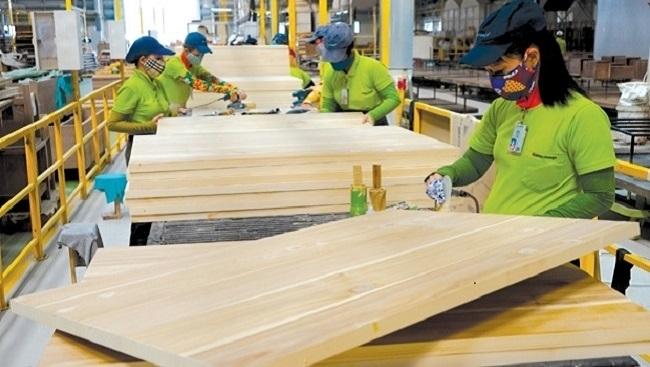 Ba thách thức lớn với ngành chế biến gỗ và nội thất