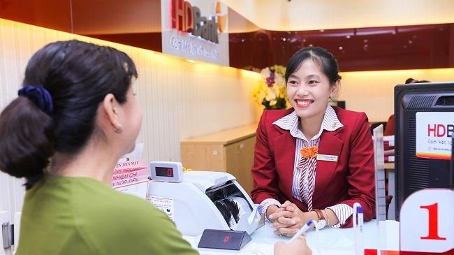 Thu nhập dịch vụ tăng gấp đôi giúp HDBank lãi trên 2.000 tỷ đồng trong quý 1