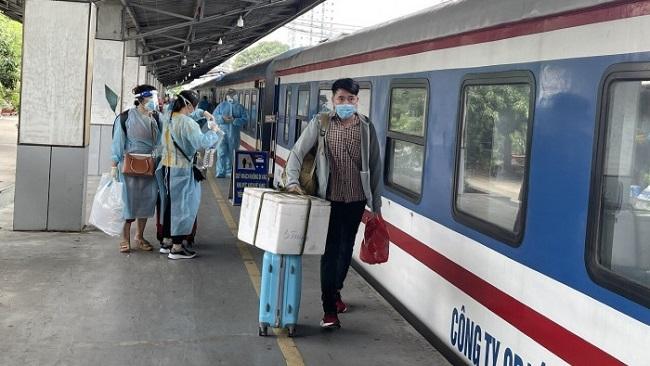 Chở khách bằng đường sắt Bắc Nam được khôi phục từ ngày 13/10