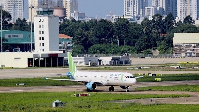 Hà Nội đề nghị làm rõ nhiều vấn đề trước khi mở lại đường bay nội địa
