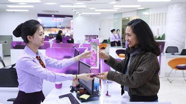 Nỗ lực gia tăng số lượng phụ nữ ở cấp quản lý trong ngành ngân hàng