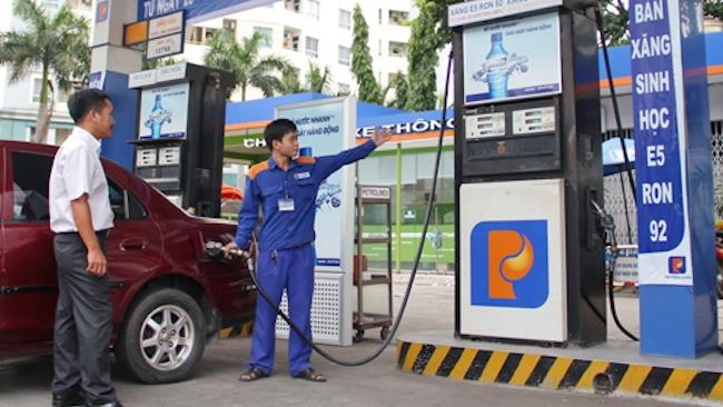 Giá xăng dầu tiếp tục tăng mạnh từ chiều nay