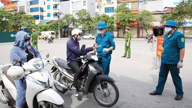 Thủ tướng yêu cầu Hà Nội điều chỉnh việc cấp giấy đi đường
