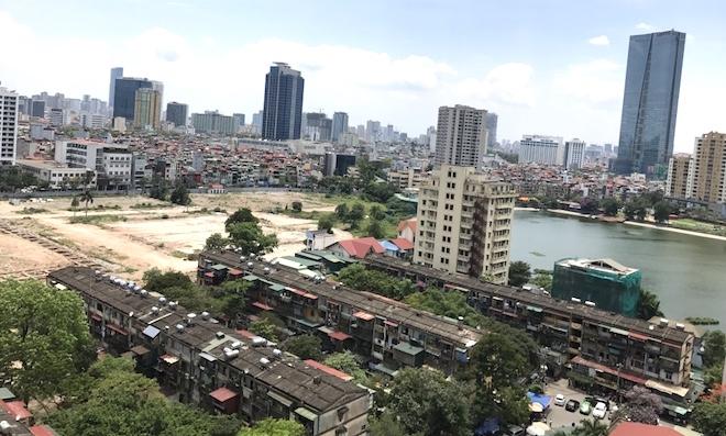 Cải tạo chung cư cũ: Dân từ chối vì nghi doanh nghiệp trục lợi trên đất vàng