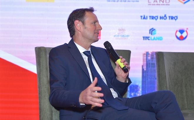 Ông Richard Leech, Tổng quản lý cấp cao mảng thương mại Alpha King tại Tọa đàm