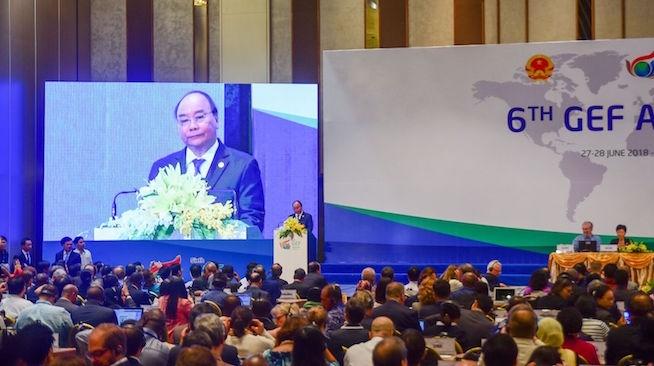 Thủ tướng: 'Kiên quyết không đánh đổi môi trường để phát triển kinh tế'