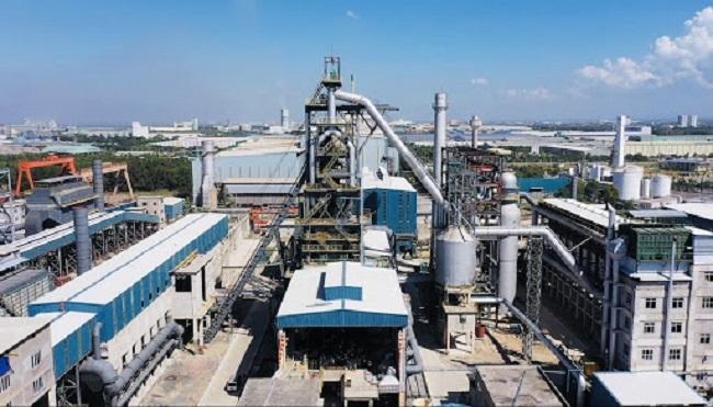Nhiều nhà máy xả thải khói bụi thiếu kiểm soát