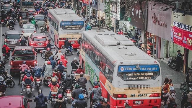 Mật độ dân số cao là cơ hội để thay đổi bộ mặt giao thông Hà Nội