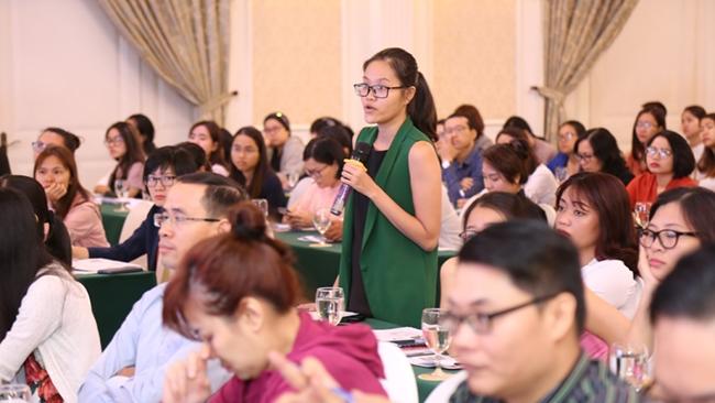 Áp dụng luật riêng cho lao động nước ngoài tại Việt Nam: Người làm sai, kẻ cố tìm cách lách luật