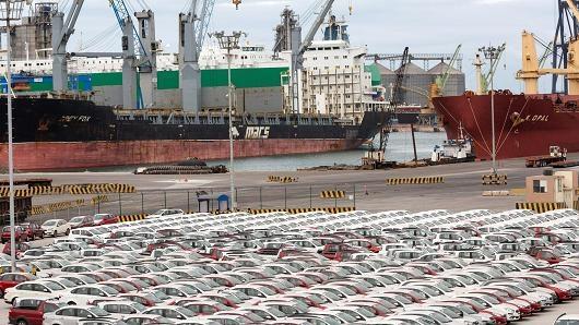 Bất chấp mối đe dọa từ Tổng thống Trump, nhập khẩu ô tô của Mỹ từ Mexico tiếp tục tăng cao