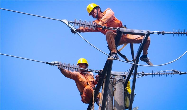 Nắng nóng kỷ lục, miền Bắc tiêu thụ điện cao nhất lịch sử